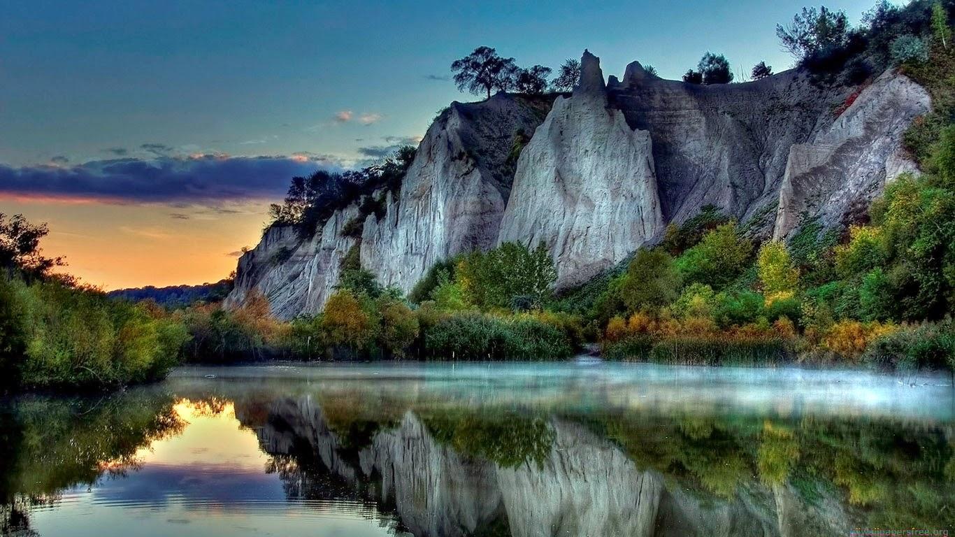 Sfondo wallpaper natura paesaggi 1366 768 136 asd for Immagini per desktop natura
